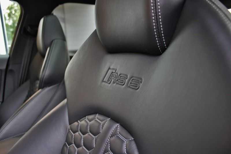 Audi RS6 4.0 V8 605pk Performance Quattro **Pan.dak/HUD/ACC/Camera/Carbon** afbeelding 15