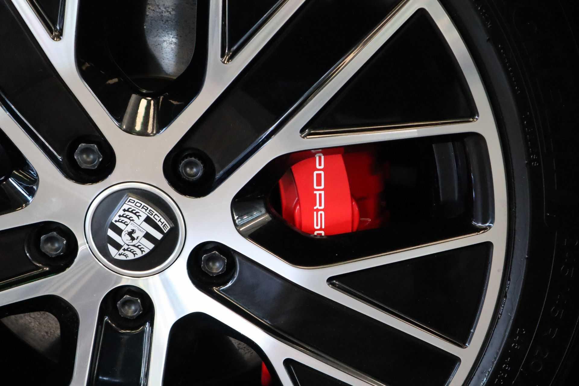 Porsche Taycan 4S Performance 571pk! Prijs = Ex.BTW Full-Led Sport-Chrono Panoramadak Warmtepomp afbeelding 21