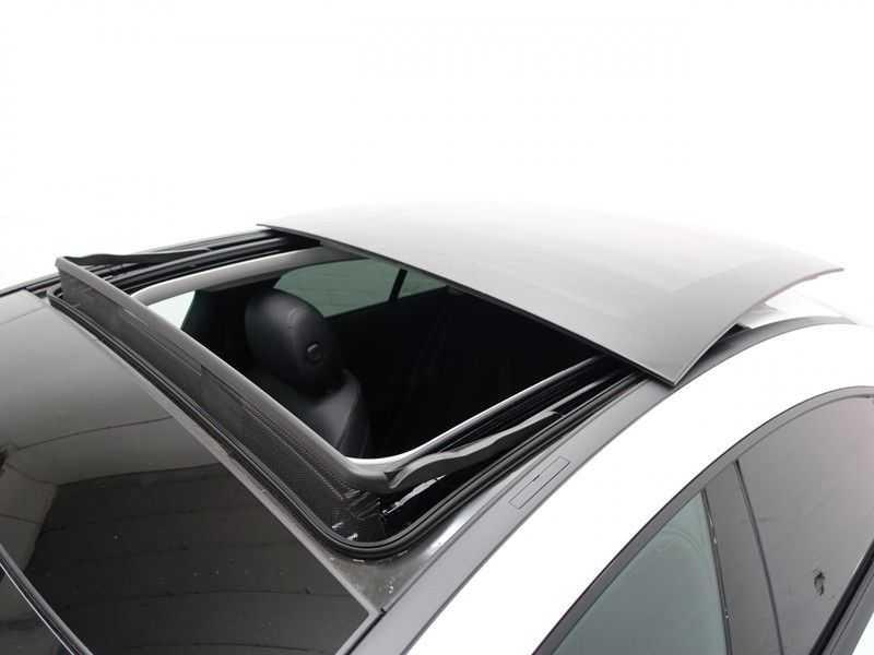 Mercedes-Benz CLA-Klasse AMG Night Edition Autom- Panodak, MBUX Widescreen, Leer, 2dkm! afbeelding 2