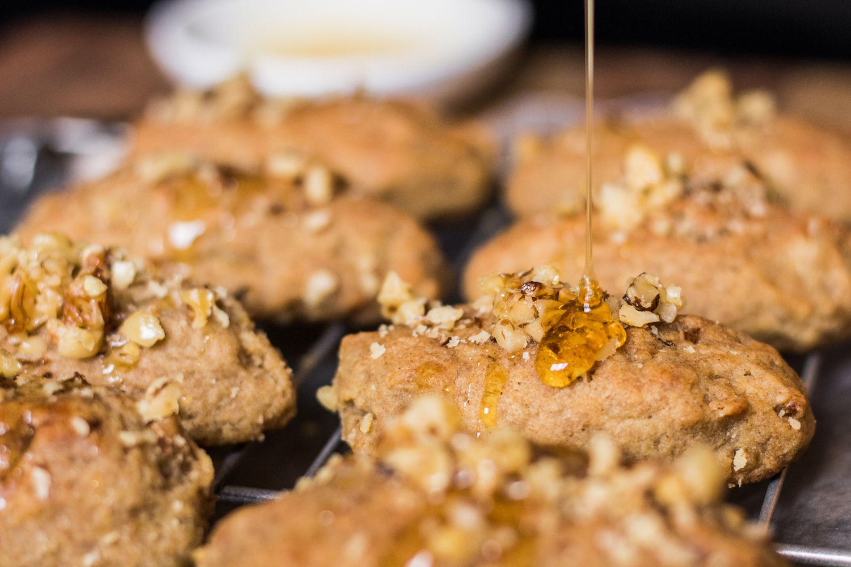Greek honey cookies (Melomakarona)