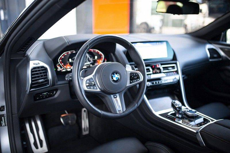 BMW 8 Serie 840d xDrive High Executive *Laser / Harman-Kardon / HUD / Nachtzicht / Carbon / ACC / Nekverwarming* afbeelding 9