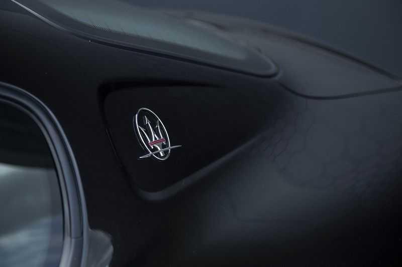 Maserati GranSport 4.2i V8 NIEUWSTAAT! afbeelding 2