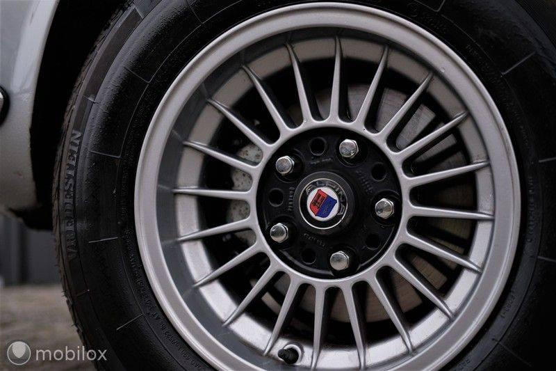 BMW 3.0 CSi coupé | Handgeschakeld | Gerestaureerd afbeelding 15