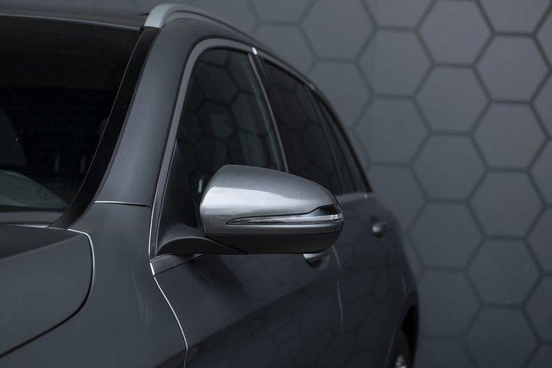 Mercedes-Benz GLC 350d AMG 4MATIC Premium Plus GLC Apple CarPlay + Verwarmde stoelen + Elektrische trekhaak + Panorama Dak afbeelding 13