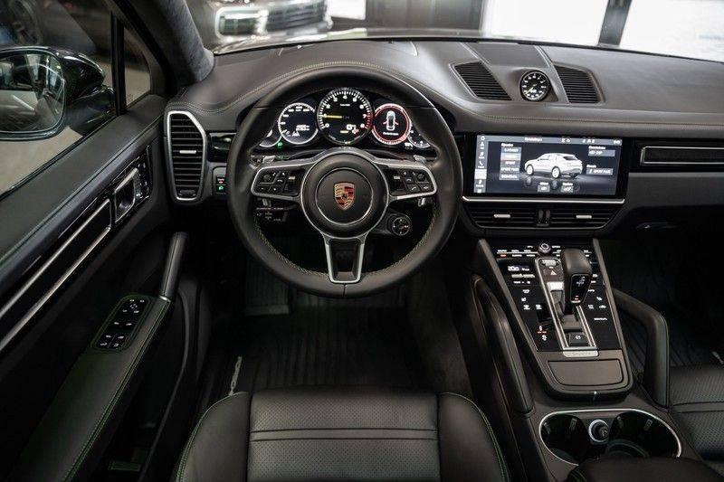 Porsche Cayenne Coupé Hybrid Sport Design Porsche Exclusive 3.0 E-Hybrid afbeelding 11