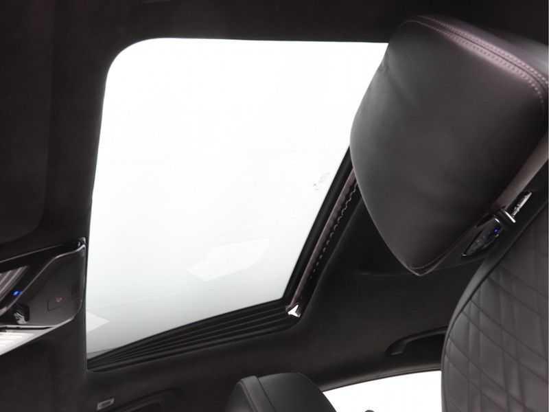 BMW 7 Serie 750i xDrive High Executive M-Sport afbeelding 20
