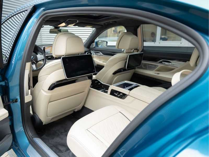 BMW 7 Serie 745Le xDrive Individual ''Maldives Blue'' - Full Option afbeelding 22