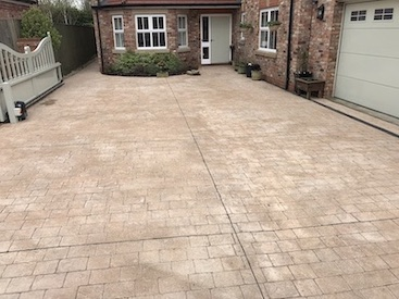Image of cleaned driveway