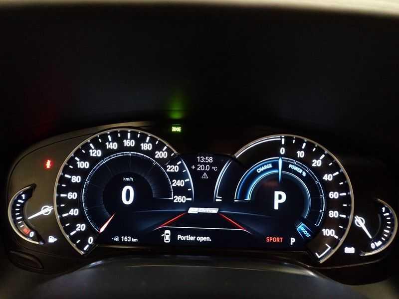 BMW 7 Serie 740e iPerformance Individual M-Sport 326pk Aut8- Full options! afbeelding 12