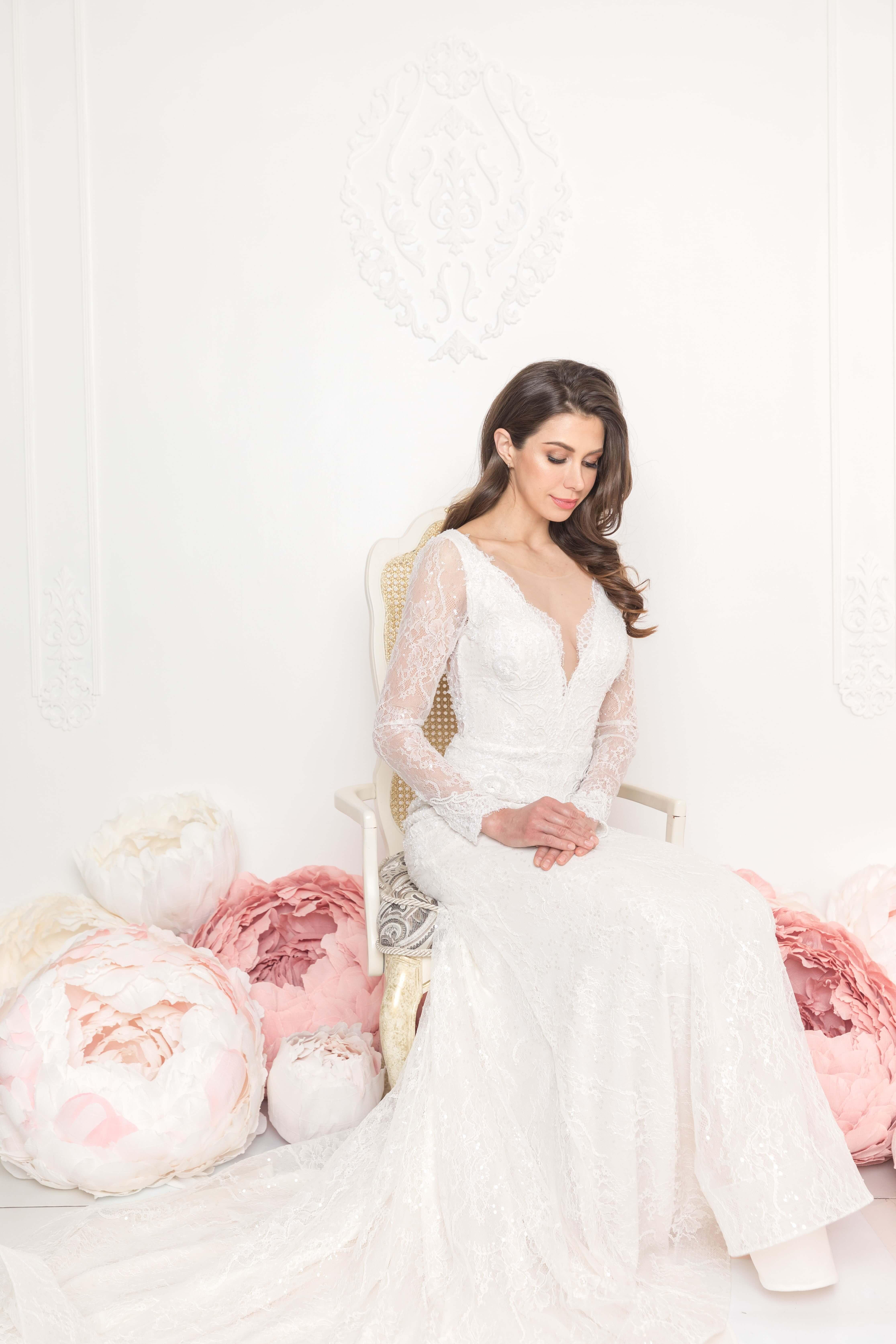 chantilly lace wedding dress lilia haute couture montreal bridal boutique