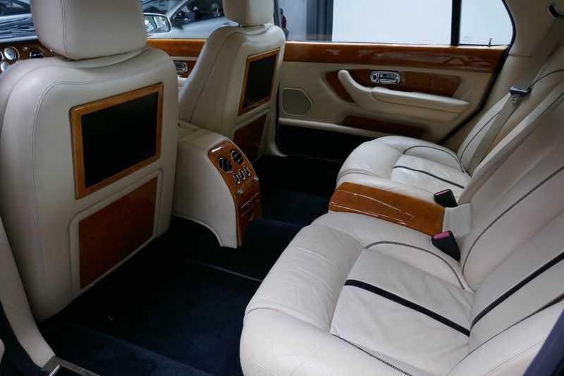 Bentley Arnage 6.8 V8 T Mulliner LWB (1 van 95 st) Youngtimer . afbeelding 19