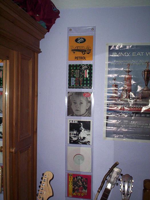 Wall hanging vinyl