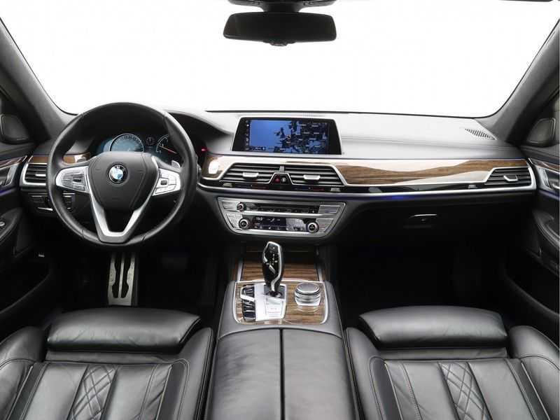 BMW 7 Serie 750i xDrive High Executive M-Sport afbeelding 12