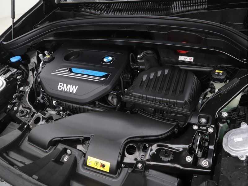 BMW X1 xDrive25e High Executive M-Sport Automaat afbeelding 13