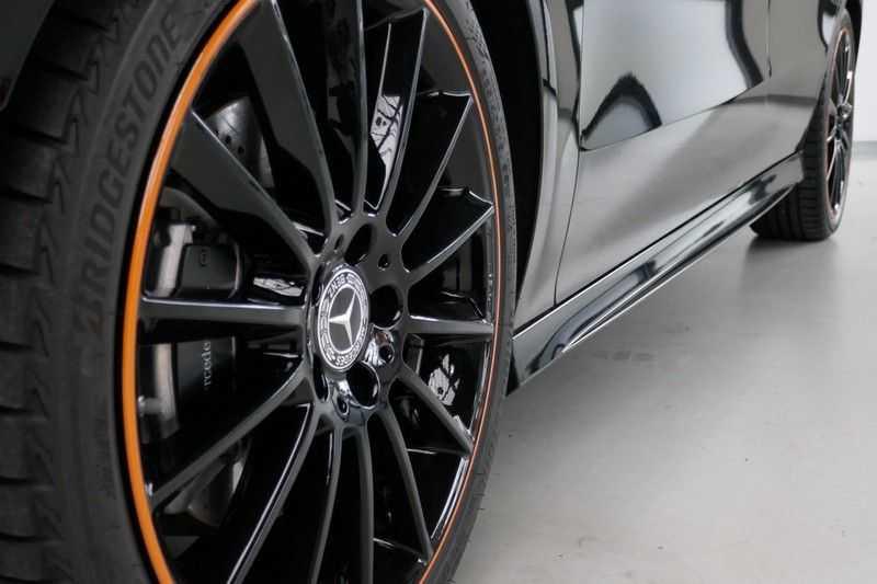 Mercedes-Benz CLA-Klasse 200 d /// AMG Edition 1 Nightpakket - Sfeer verlichting afbeelding 12