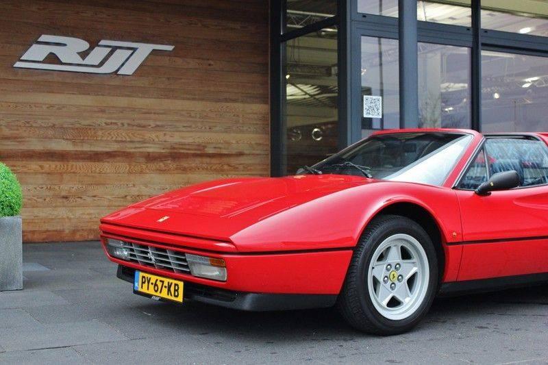 Ferrari 328 GTS Quattrovalvone 3.2 V8 270pk NL Auto afbeelding 10