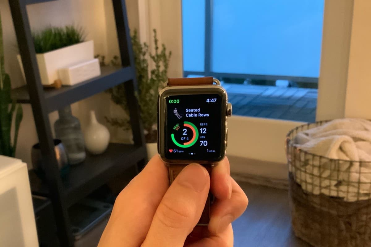 Working out with Gymaholic on the Apple Watch.