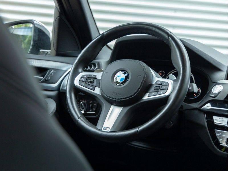BMW X3 xDrive30i M-Sport - Trekhaak - ACC - Panorama - Head-up - Standkachel afbeelding 20