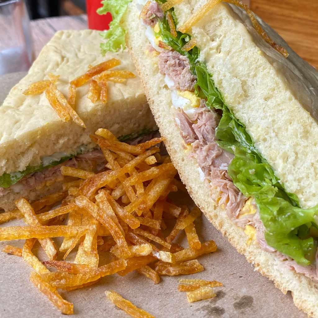 sandwiches: panino mare