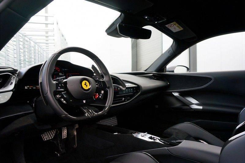 Ferrari SF90 Stradale 4.0 V8 HELE *Lift *Full carbon afbeelding 4