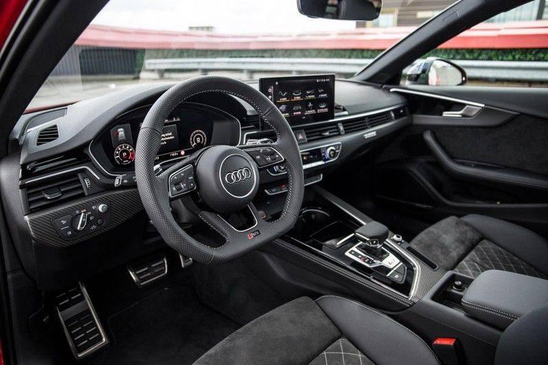 Audi RS4 Avant 2.9 TFSI quattro   450PK   Sportonderstel Plus   Panoramadak   Inleg Carbon   B&O   Sportdifferentieel   Head-up afbeelding 17