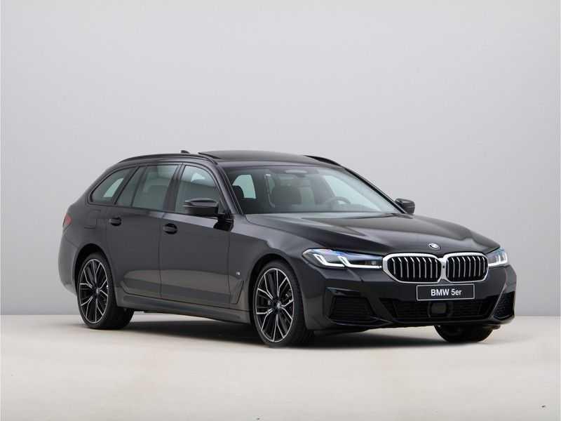 BMW 5 Serie Touring 530d High Exe M-Sport Face-lift ! afbeelding 5