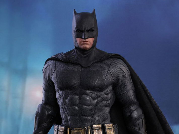 Hot Toys Justice League MMS455 Batman 1/6th Scale Collectible Figure