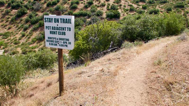 hunt club warning sign