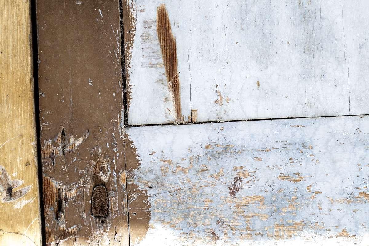 Riez source material photograph (blue)