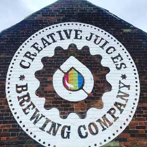 Great to meet Ben today from @creativejuicesbrewingcompany . Look out for them at our upcoming beer festival in November and head to the taproom when it opens in a Couple of weeks. Very exciting stuff to come from them. #keepitcraft #smallbrewery