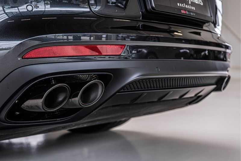Porsche Panamera GTS Sport Turismo 4.0 | BOSE | Panorama | Alcantara | Comforttoegang | PDLS | PASM afbeelding 8