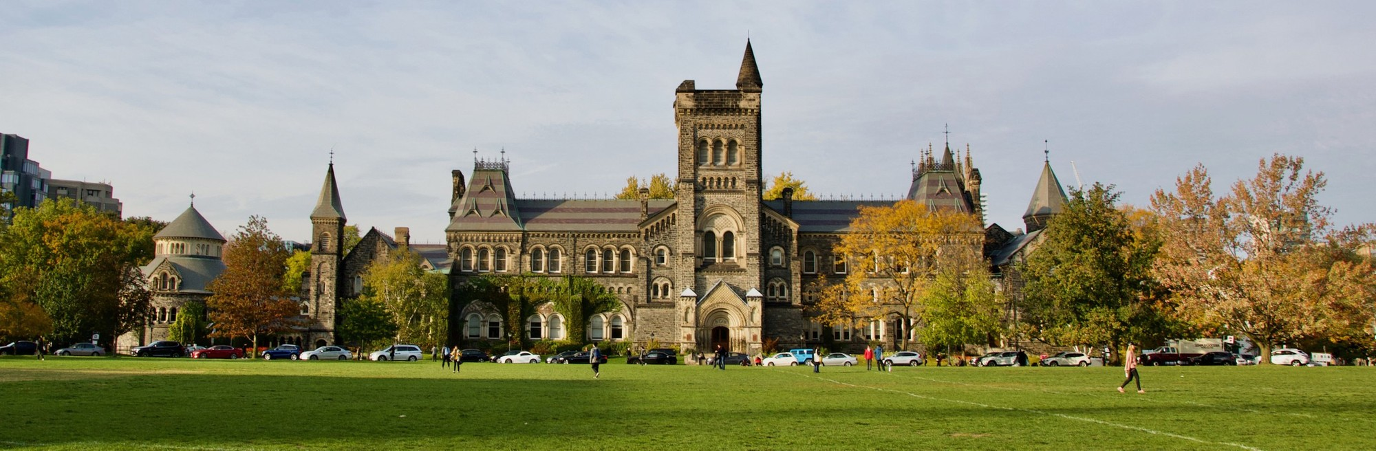Quad and campus on a sunny day at the University of Toronto