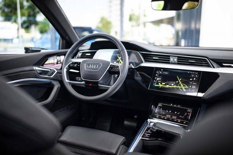 Audi e-tron Sportback 55 Quattro S Edition *Prijs Ex. BTW / Pano / B&O / Matrix-LED / Tour pakket / ACC* afbeelding 4