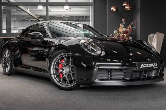 Porsche 911 992 S Coupe Akrapovic Race Cat Sport Chrono Pano Sport Uitlaat Adatieve Sportstoelen 3.0 Carrera S