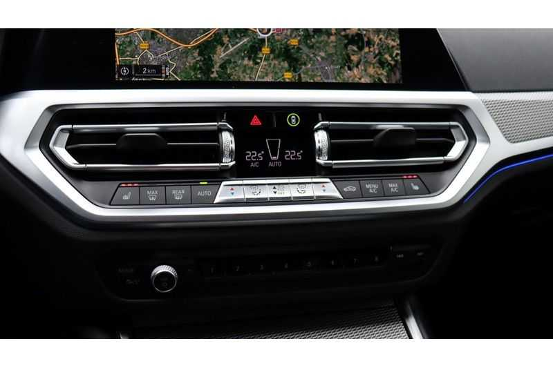 BMW 3 Serie Touring 330i Executive M Sport Adaptieve Cruise Control, HiFi System, DAB afbeelding 14