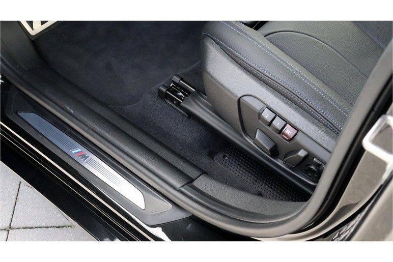 BMW X1 xDrive20i High Executive M Sport Panoramadak, Head Up Display, Trekhaak afbeelding 11