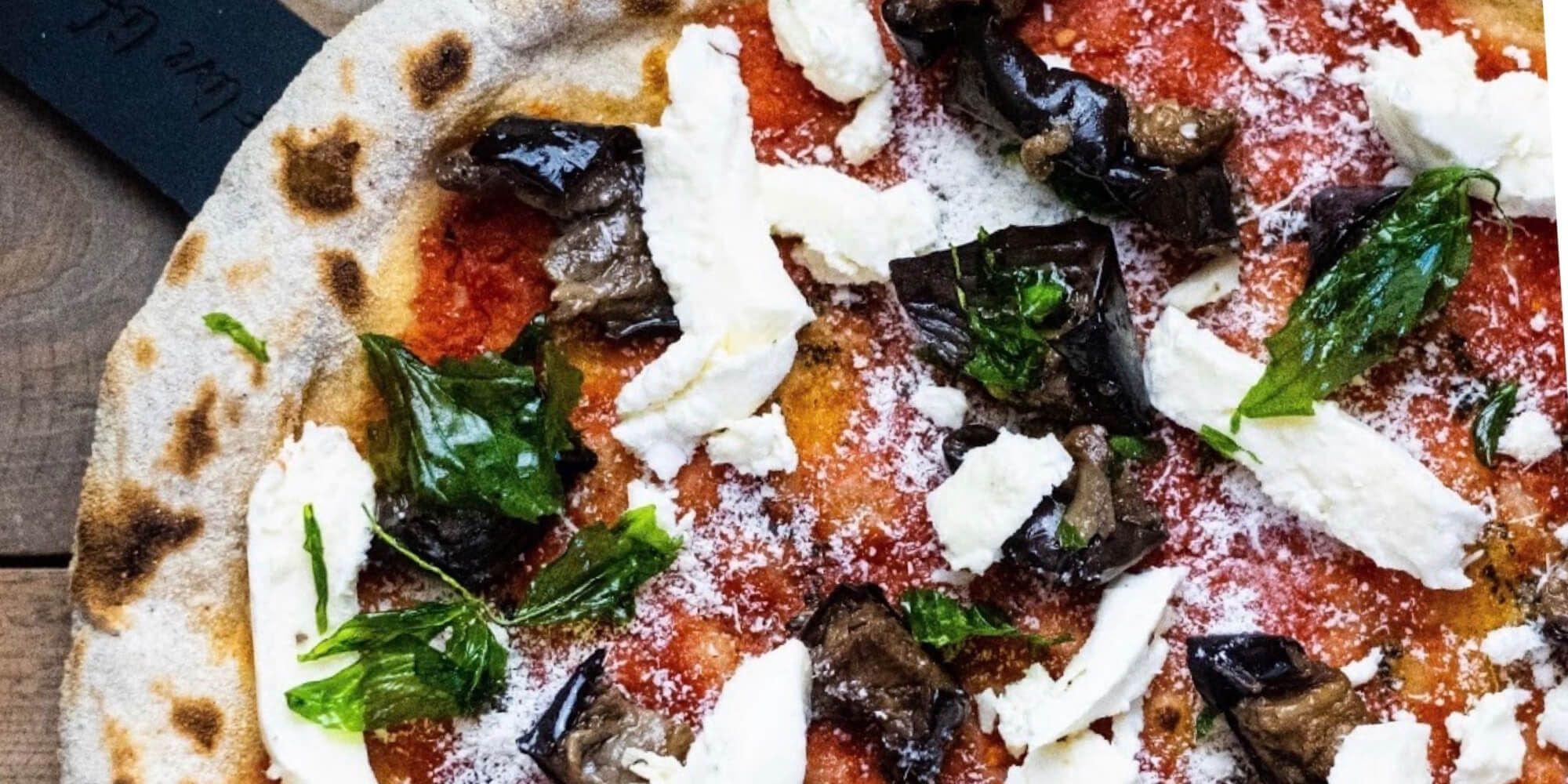 Pizza at Livin`Italy
