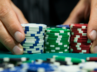 How to De-Risk Your Custom Software Development Project  Part I: Placing Bets You can Afford to Make photo