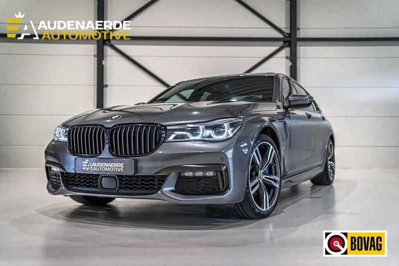 BMW 7 Serie 740e iPerformance M sport | €49.000,- Ex BTW| NP€135.000,-| Massagestoelen | Soft close | 20 inch | Surround view | Harman kardon afbeelding 1