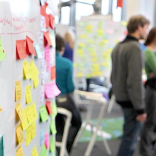 Legitimizing Design Thinking in Large Organizations