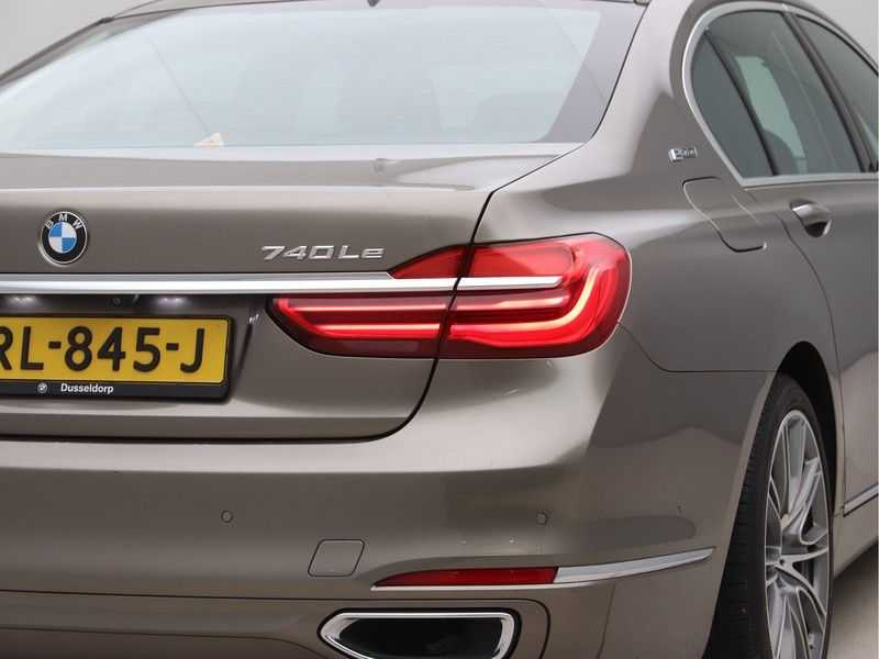 BMW 7 Serie 740Le iPerformance High Executive afbeelding 19
