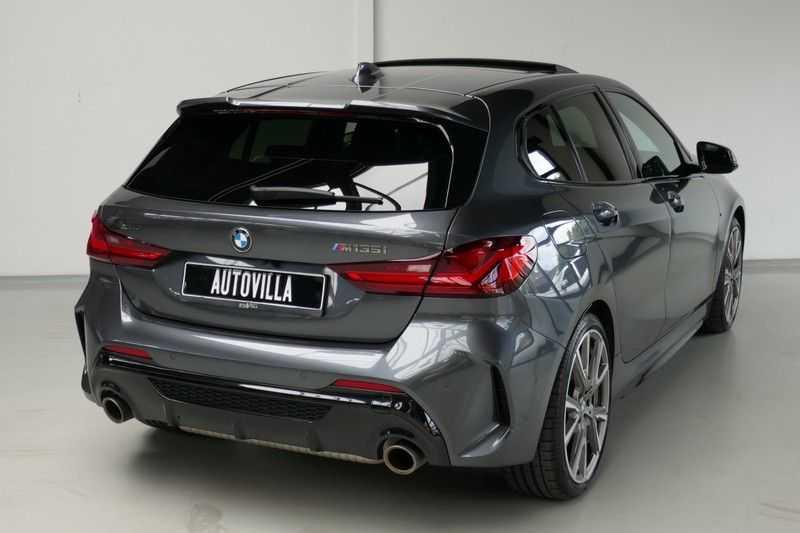 BMW 1 Serie M135i xDrive High Executive Virtual - Led - Panodak afbeelding 3
