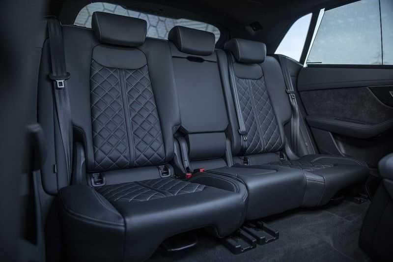 Audi Q8 55 TFSI quattro Pro Line S 3x S-Line! Black pack, 4-wiel-best. / Massage, Verw. & Koelb. stoelen, Bang & Olufsen 3D + Elek.Haak + Ambiente verlichting afbeelding 15