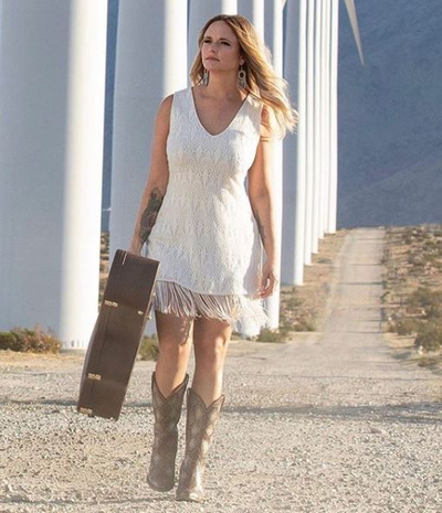 featured image thumbnail for post Miranda Lambert Net Worth and Life Story (Updated 2020) How much is Miranda Lambert Worth?