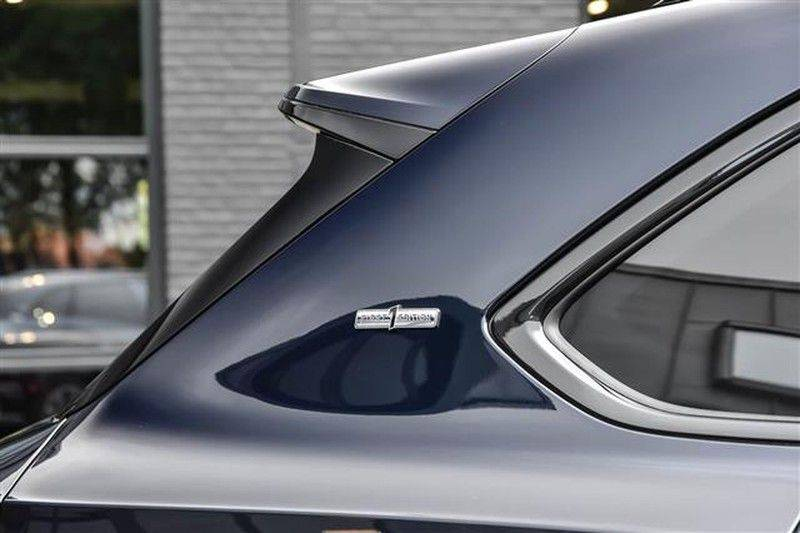 Bentley Bentayga V8 FIRST EDITION BLACKLINE+CERAMIC BRAKES NP.338K afbeelding 15