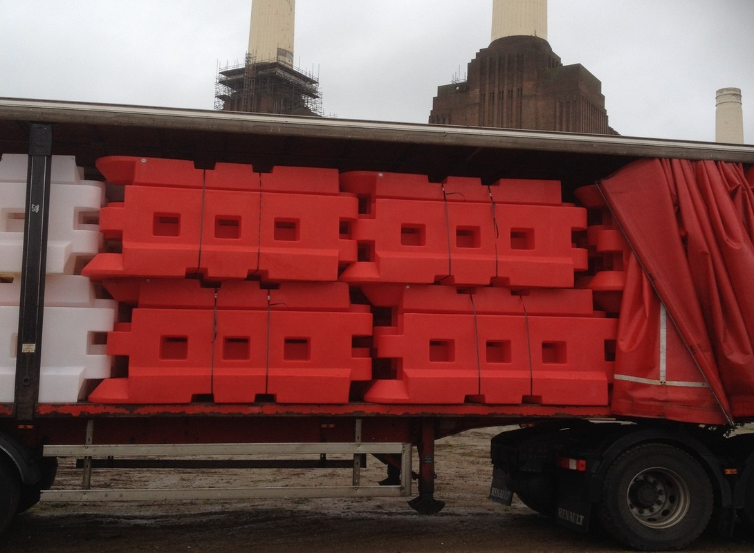 GB2 Barrier Delivery - Stacked