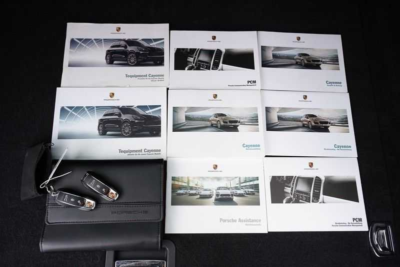 "Porsche Cayenne 3.0 D Facelift Sport Design Sportchrono + stoelen Pano 21"" afbeelding 4"