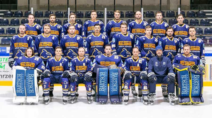 Gruppenfoto der ersten Mannschaft