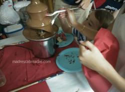 fuente chocolate ninos