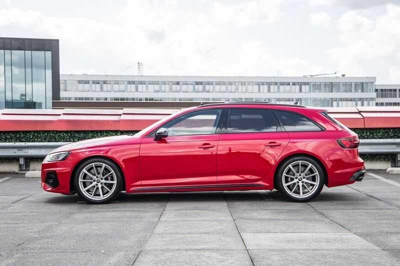 Audi A4 Avant 2.9 TFSI RS4 quattro | 450PK | Sportonderstel Plus | Panoramadak | Inleg Carbon | B&O | Sportdifferentieel | Head-up afbeelding 6
